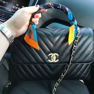 Chanel Coco handle medium size caviar leather